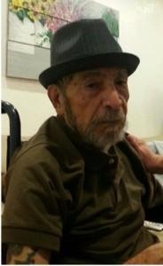 El blog de este mes es dedicado a papá. Papá  celebro sus  93 años el 9 de Septiembre.