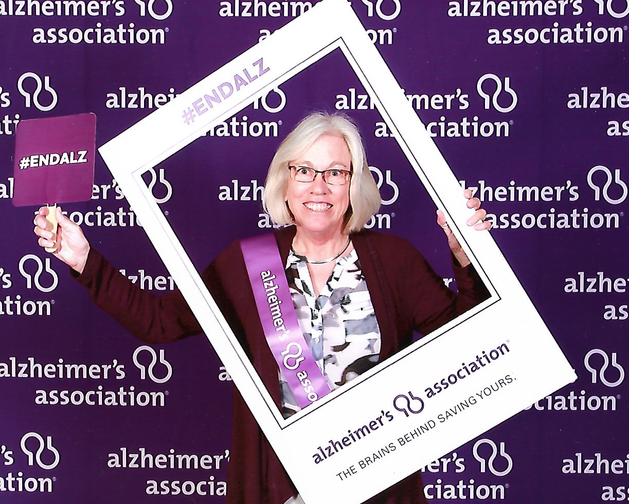 When My Mom Was Diagnosed With Alzheimers, I Felt So Alone pictures